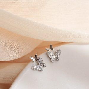 Boucle d'oreille papillon zirconium