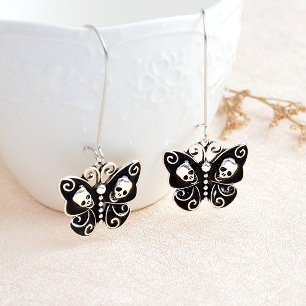 Boucles d'oreilles pendantes à papillon noir
