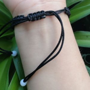 Bracelet papillon de nuit noir
