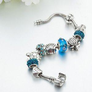 Bracelet breloque bleu tortue porte bonheur
