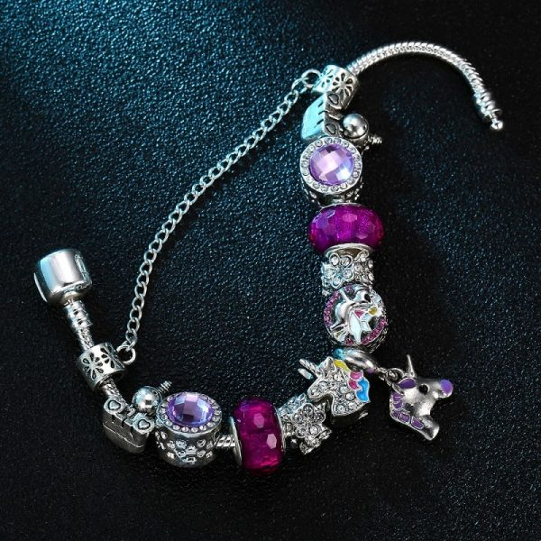 Bracelet breloque licorne violet