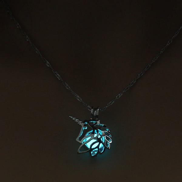 Pendentif licorne lumineux bleu clair