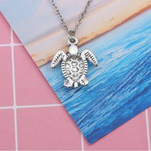 Pendentif tortue de mer, envers
