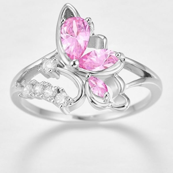 Bague en forme de papillon brillant
