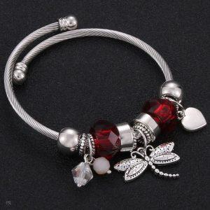 Bracelet avec libellule rouge