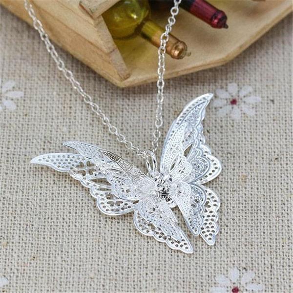 Collier gothique papillon original
