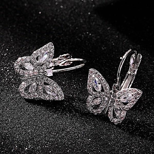 Boucle d'oreille papillon femme avec starss