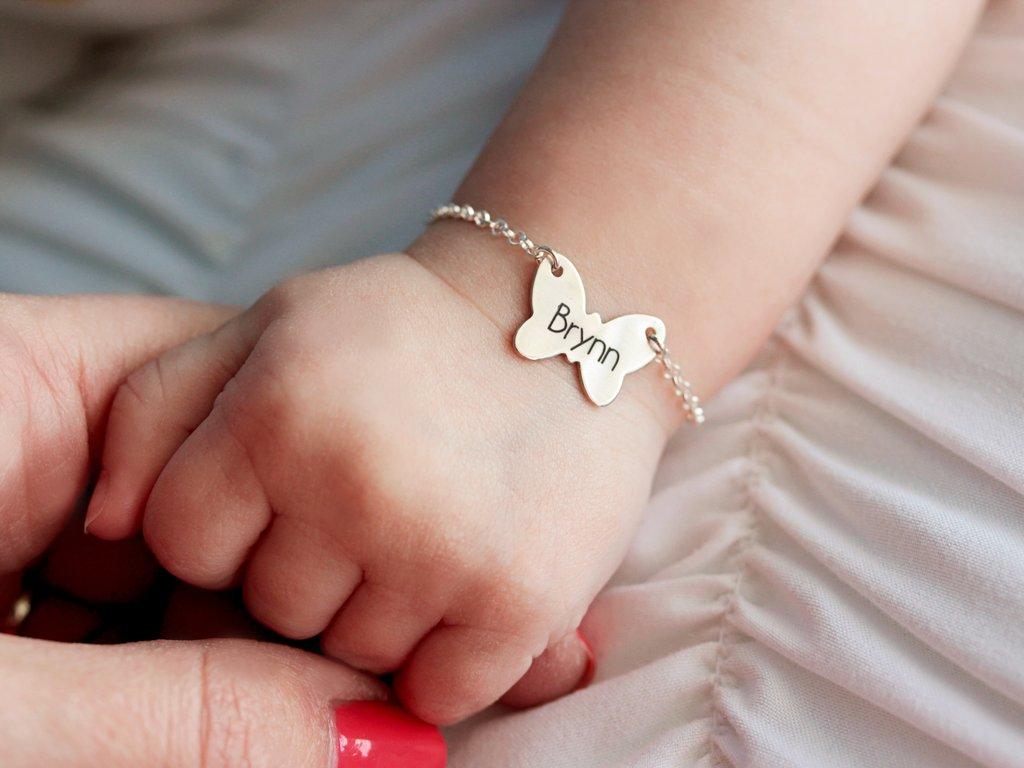 Bijoux enfant à quel âge peuvent-ils en mettre
