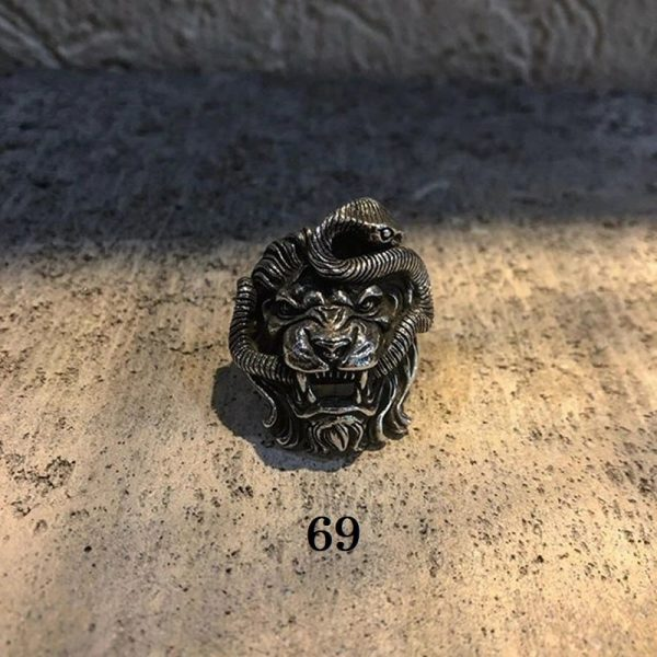 Chevalière lion homme 69