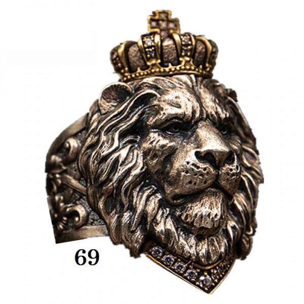 Chevalière tête de lion 69